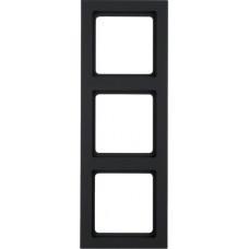Рамка 3Х пластик, антрацитовый, бархатный лак, Q.3 Berker 10136096