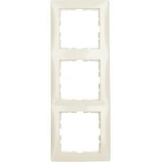 Рамка 3Х пластик, белый, глянцевый S.1 Berker 10138982