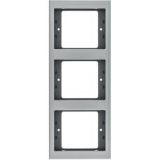 Рамка 3Х вертикальна, анодований алюміній, алюмінієвий, K.5 Berker 13337003